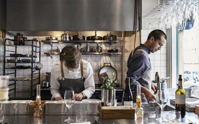 تجهیزات آشپزخانه صنعتی در بخش تجهیزات راه اندازی فست فود