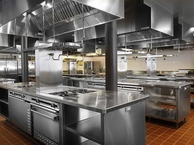 اهمیت تجهیزات فست فود در راه اندازی رستوران